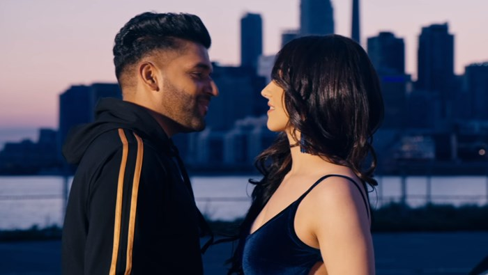 Downtown: Guru Randhawa's Latest Love Track Is Out & You Won't Stop Listening To It In Loop