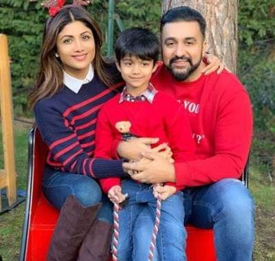 Bollywood celebs make New Year 2019 plans with family holidays