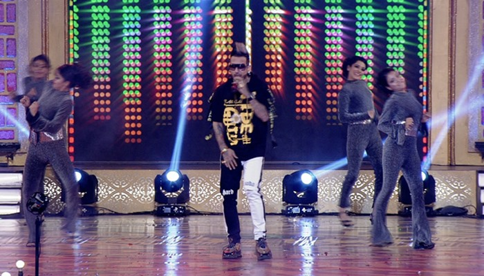 Miss PTC Punjabi 2019 Grand Finale Live Updates: Jazzy B Makes The Crowd Go Crazy With His Energetic Performance