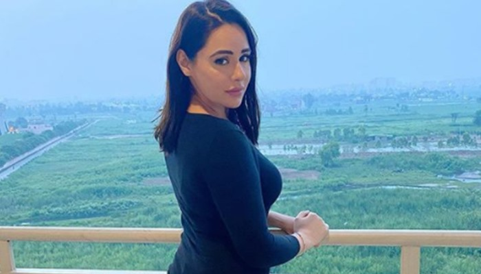 Mandy Takhar Shuns Cyberbullies, Pollywood Comes In Support