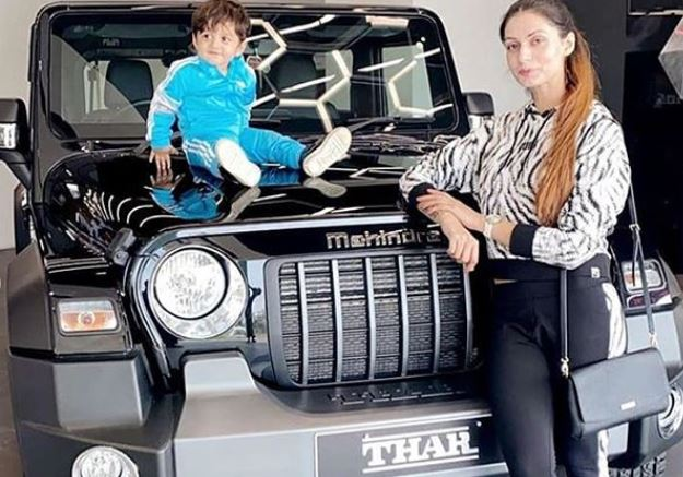 sippy gill wife and son with new thar