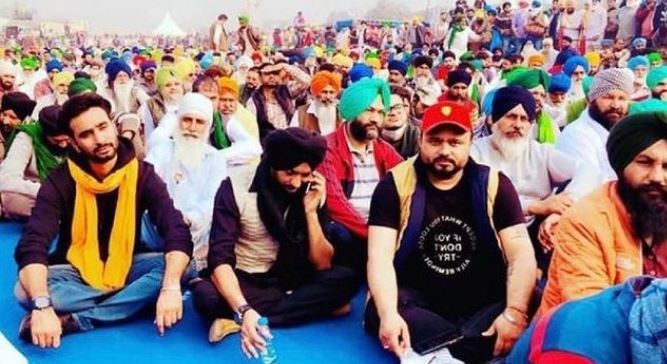 inside pic of hardeep grewal new song