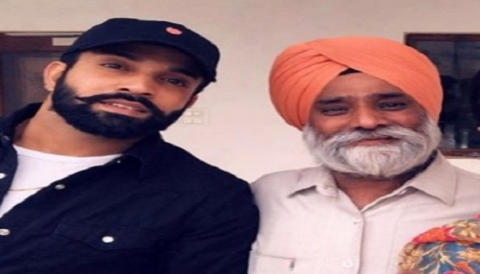 Dilpreet-Dhillon-with-his-father