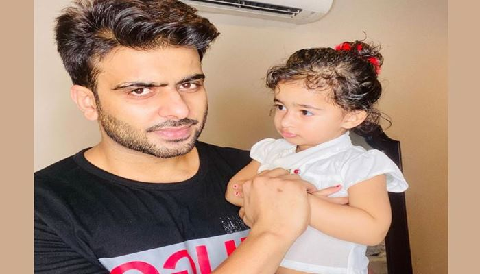 Mankirt Aulakh shares a love picture with his niece