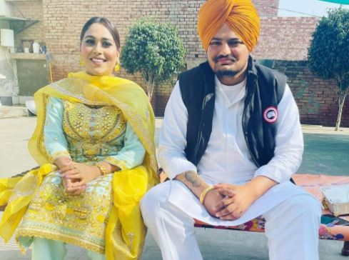 inside pic of afsana khan and sidhu moosewala