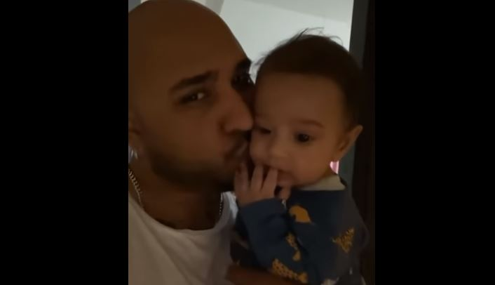 inside pic of b praak with son