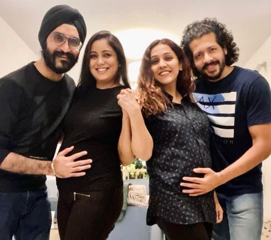 image of harshdeep with hubby and friends