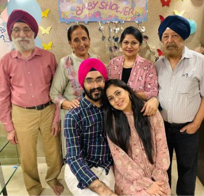 bollywood singer harshdeep kaur become mother of baby boy