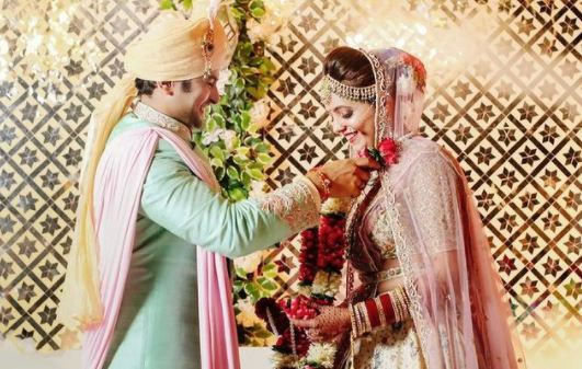 marriage pic of sugandh and sanket