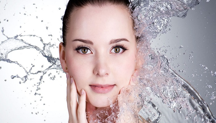 wash-face-hot-water h