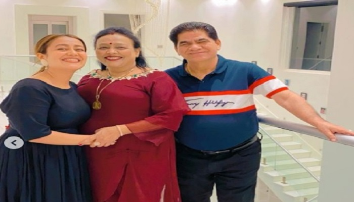 neha with parents
