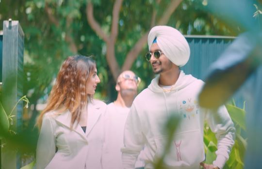 inside image of nirvair pannu song balle balle released