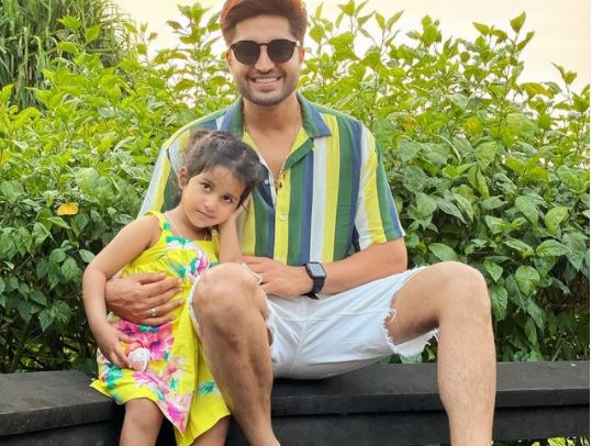 jassie gill with daughter